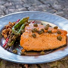 Salmon with capers and asparagus